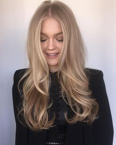 Golden Blonde Balayage for Straight Hair - Honey Blonde Hair Inspiration - The Trending Hairstyle Good Hair Day, Great Hair, Hair Color And Cut, Gorgeous Hair, Healthy Hair, New Hair, Hair Inspiration, Blonde Hair, Curly Hair Styles