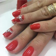 Unhas Decoradas Vermelhas 419,  #unhasbonitas #unhascomesmaltevermelho #unhasdecoradasvermelhas #unhasdecoradasvermelhas2018 #UnhasLindas #unhasvermelhas, Rhinestone Nails, Red Nails, Rhinestones, Manicure, Nail Art, Perfect Nails, Pretty Nails, Nails At Home, Red Toenails
