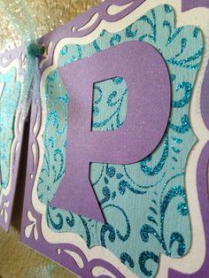 Banner de cumpleaños de congelados congelados por CuddleBuggParties