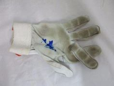 Manny Machado Signed Single Game Used Rookie Batting Glove R77538 - PSA/DNA Certified - MLB Game Used Gloves *** Find out more about the great product at the image link.