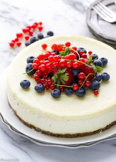 Vanilla-Bean-Cheesecake-With-Biscoff-Cookie-Crust-Recipe