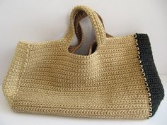 Crochet handbag by Daniela Gregis - no pattern, the bag is for sale Could probably figure this one out too Crotchet Bags, Crochet Handbags, Crochet Purses, Knitted Bags, Knit Or Crochet, My Style Bags, Crochet Fashion, Crochet Accessories, Handmade Bags
