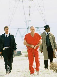 Brad Pitt, Kevin Spacy and Morgan Freeman in directed by David Fincher Cinema Movies, Cult Movies, Series Movies, Se7en Movie, Film Movie, Se7en 1995, 1990s Films, Shot Film, David Fincher