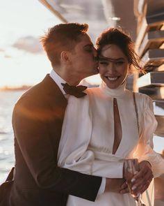 Wedding Fotos, Wedding Photoshoot, Wedding Pics, Chic Wedding, Dream Wedding, Wedding Dresses, Elegant Wedding, Wedding Flowers, Yacht Wedding