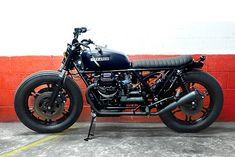 Brat build from Blitz Motorcycles in Paris - breathe life into an old Moto Guzzi 1000SP