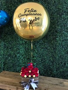 Gifts For 18th Birthday, Birthday Gifts For Best Friend, Birthday Ideas, Balloon Arch Diy, Balloon Gift, Birthday Balloon Decorations, Birthday Balloons, Diy Gifts For Friends, Mom Gifts