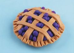 Blue Berry Pie (play dough, but would be cute in felt with wet felted blueberries)