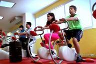 Un gimnasio para niños le da pelea a la obesidad infantil