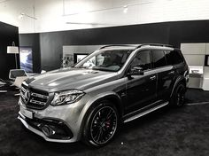 "5,964 Likes, 24 Comments - ⚓️Chris Sagramola⚓️ (@chrissagramola) on Instagram: ""✖️Good Night Big Toy✖️ #mercedes #benz #mercedesbenz #mercedesamg #amg #gls63 #gls63amg #suv #v8…"""
