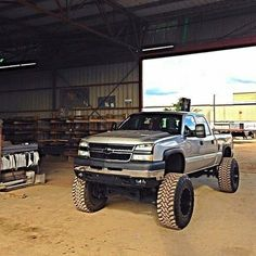 """@phoenixfriction's photo: """"Is your Silverado your work truck?"""" American Pickup Trucks, Chevy Pickup Trucks, Gm Trucks, Diesel Trucks, Cool Trucks, Chevy Duramax, Chevrolet Silverado, Chevy 2500hd, Chevy 4x4"""