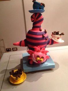 Gravity cake - cake by Cristina Calcagno