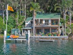 House on the water - on my dream list!!