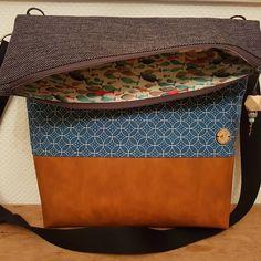 Wieder einmal ist eine wirklich schöne Tasche fertig geworden. Ein #geburtstagsgeschenk für einen besonderen Menschen! 😘 #knüllenkieker… Instagram, Special People, Beautiful Bags, Nice Asses