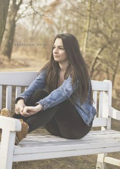 #photography #portrait #brunette #spring #czech #nikonphotography #photoportrait Photo Portrait, Foto Instagram, Spring, Photo And Video, Photography, Pictures, Photograph, Fotografie, Photoshoot