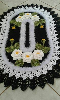 Crochet Easy Rose Free Pattern [Video] - a href='/tag/Crochet' Flower Motif Free PatternsPetal Flower Hotpad and Flower Square [Crochet Tutorial] Amazing square for bedspreads and afghans.Rabbit Baby Blanket MakingThis Pin was discovered by NicMega C Afghan Crochet Patterns, Crochet Motif, Crochet Doilies, Crochet Flowers, Crochet Table Runner, Crochet Tablecloth, Thread Crochet, Crochet Stitches, Crochet Home
