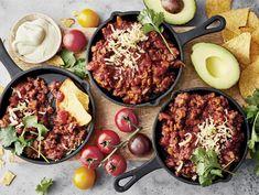 Texmex jauhiskastike   Valio Nachos Supreme, Huevos Rancheros, My Cookbook, Tex Mex, Fajitas, Paella, Guacamole, Cobb Salad, Food Photography