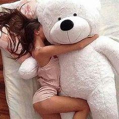 If Daddy loves me, He will get me a big teddy bear! Teddy Girl, Giant Teddy Bear, Big Bear, When Your Crush, Daddys Princess, Princess Diana, Foto Baby, Daddy Bear, Foto Pose
