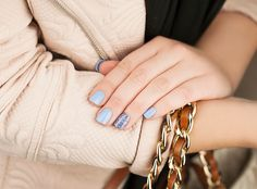 If you're looking for a #mani with a winter vibe…  Walmart, Walgreens & Kmart have these beauties #imPRESSmoments