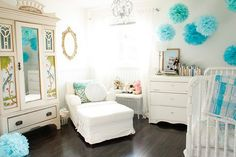 Love the white and turquoise