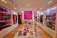 Valisere Batel #www.instorevoyage.com #in-store marketing #visual merchandising Boutique Interior, Boutique Decor, Lingerie Store Design, Clothing Store Displays, Underwear Store, Showroom Design, Closet Designs, Kids Store, Commercial Design