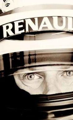 Kimi's eyes are so warm yet cold. The Iceman Cometh, Sports Celebrities, F1 Drivers, Formula One, Beautiful Eyes, All About Time, Racing, Cold, Warm