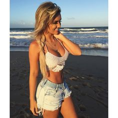 These gorgeous babes are just gorgeous to look at. Have you got someone to say hello sexy to in the morning? These Girls, Hot Girls, Tight Dresses, Bandage Dresses, Beach Babe, Hot Pants, Passion For Fashion, Crochet Bikini, Crochet Top