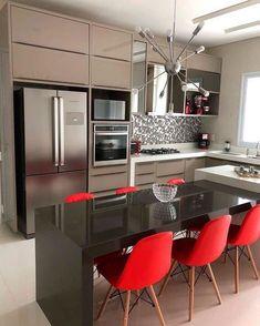Modern Kitchen Interiors, Luxury Kitchen Design, Kitchen Room Design, Home Room Design, Kitchen Cabinet Design, Kitchen Layout, Home Decor Kitchen, Interior Design Kitchen, Home Kitchens