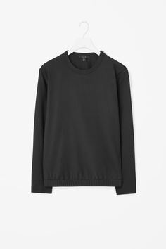 Wool pullover top