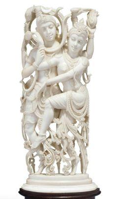 A LARGE CARVED IVORY FIGURE OF SHIVA AND PARVATI   INDIA, SECOND HALF 19TH CENTURY Krishna Art, Celtic Art, Oriental, Gods And Goddesses, Ivoire, Clay Art, Shiva, Asian Art, Sculpture Art