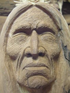How to Carve Using a Picture study of Carving a Native American Indian Standard Leaf Layout Learners start by learning essential slicing tactics, developin Wood Carving Faces, Wood Carving Designs, Wood Carving Patterns, Wood Carving Art, Wood Art, Wood Wood, Indian Face, Indian Head, Cigar Store Indian