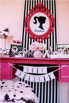 Pink e Doce: 15 anos: Decoração: Barbie!