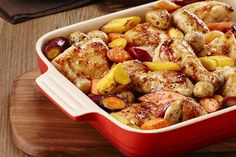 One-Pan Baked Chicken with Carrots & Potatoes Recipe - Kraft Canada One Pan Chicken, Stuffed Whole Chicken, Baked Chicken, Chicken Recipes, Cheesy Chicken, Turkey Recipes, Carrots And Potatoes, Chicken Potatoes, Fingerling Potatoes