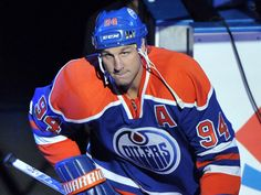 From where I sit: An Oilers legend retires Good People, Amazing People, Hockey Rules, Edmonton Oilers, Hockey Players, Nhl, Retirement, Olympics, Die Hard