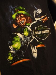 HARLEY DAVIDSON Men's T-Shirt Sz S Scary Leprechaun Halloween Black Green #HarleyDavidson #GraphicTee