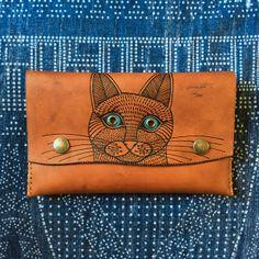 Image of Cat Clutch