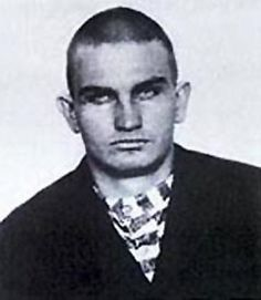 Harry Tracy:  After killing a deputy sheriff named Arly Grimes, he fled back to Colorado, where he reportedly killed two more men.  He soon hooked up with Butch Cassidy and the Wild Bunch, again rustling cattle and committing highway robbery.