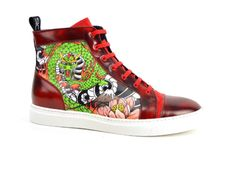 Your own customized hand painted hi-top leather sneakers Fire style, handmade in Italy High Top Sneakers, Men's Sneakers, Spring Trends, Strappy Heels, Leather Sneakers, Fashion Photography, Footwear, Pairs, Chic