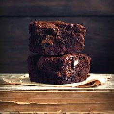 Outrageous Caramel Fudge Brownies - absolutely chocolate, impossibly thick and so delicious (in Polish)