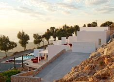 Holiday Home on the Santorini Island by Kapsimalis Architects