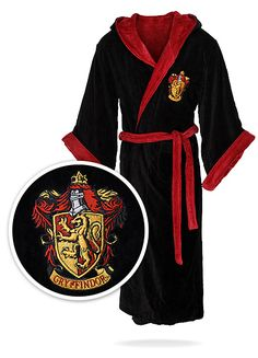 19 Geeky Bathrobes For Sci-Fi and Fantasy Nerds Read more at http://www.geeksaresexy.net/#O4k4TQ0AlUoqKTXy.99