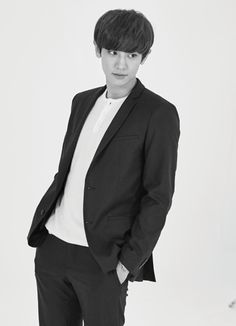 Chanyeol - 160802 Lotte Duty Free magazine, August 2016 issue Credit: RadiantCY61.