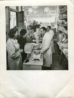 1950's. Specialty cheese store of The Abcouder Kaasboertje in the De Pijp neighborhood at Van Woustraat in Amsterdam. #amsterdam #1950