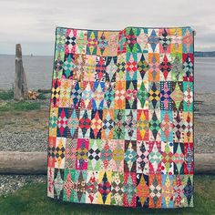 It's been exactly one year since my last quilt FO photo! The #glitterquilt is completely finished!!!! Thanks @jenkingwell for continuing to inspire me with your incredible patterns! #jenkingwell #jenkingwelldesigns #quiltlovely #quiltsofinstagram #quilting #lucyandnormanquilts