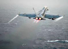What's Wrong With the U.S. Navy's Boeing F/A-18E/F Super Hornet ...