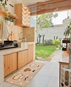💡 95 incredible outdoor kitchen designs the dynamics of bringing your cuisine outside! Dirty Kitchen Design, Outdoor Kitchen Design, Home Decor Kitchen, Kitchen Interior, Dirty Kitchen Ideas, Kitchen Designs, Home Room Design, Home Interior Design, Best Hacks