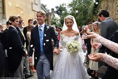 George Spencer-Churchill, and his childhood sweetheart Camilla Thorp, tied the knot at St Mary Magdalene Church in Woodstock today and were showered in confetti after the ceremony. Camilla, Woodstock, Interview Images, St Mary Magdalene Church, Royal Marriage, Blenheim Palace, Wedding Of The Year, Marquise, Royal Weddings