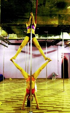 Pole doubles split