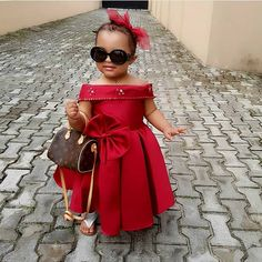 Yo mama❤❤❤ Popo is a cutie . Baby African Clothes, African Dresses For Kids, African Print Dresses, African Kids, Wedding Dresses For Kids, Baby Girl Party Dresses, African Fashion Ankara, Latest African Fashion Dresses, Kids Dress Wear