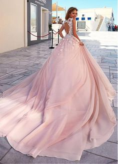 comprar Vestidos de novia romántica tul y tafetán Scoop escote A-Line con 3D moldeados de flores hechas a mano de descuento en Dressilyme.com