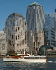 Brunch Cruise on the Yacht Manhattan @ Classic Harbor Lines- Pier 62 (New York City, NY)